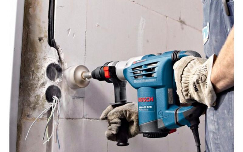 Перфоратор Bosch GBH 4кг макс. диам. 30мм jwoj