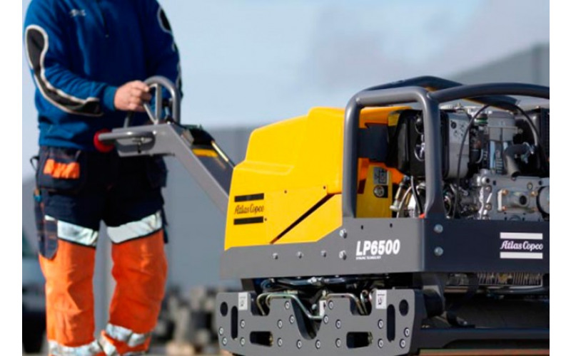 Вибрационный каток ROADWAY 840кг, сила уплотнения 2,4 тонны jgOq