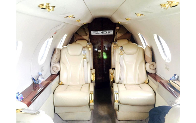 Beechcraft Premier 1A самолета 0VAV
