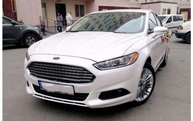 180 Ford Mondeo белый agEq