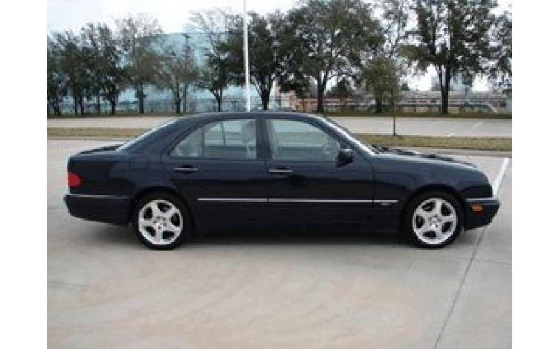 175 Mercedes W210 черный mB6x